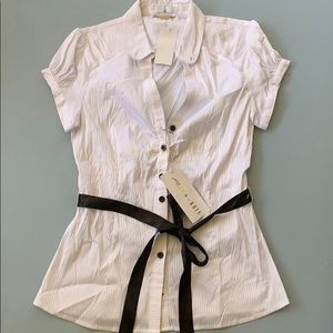 Buttoned Blouse with Ribbon
